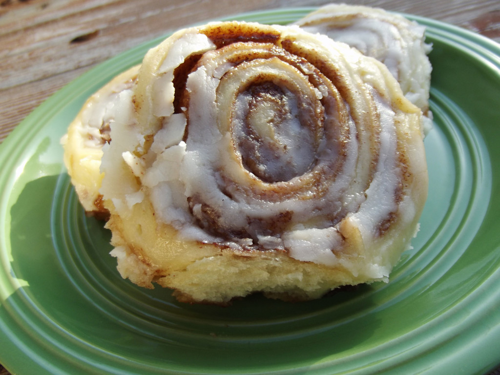 Amish Cinnamon Roll