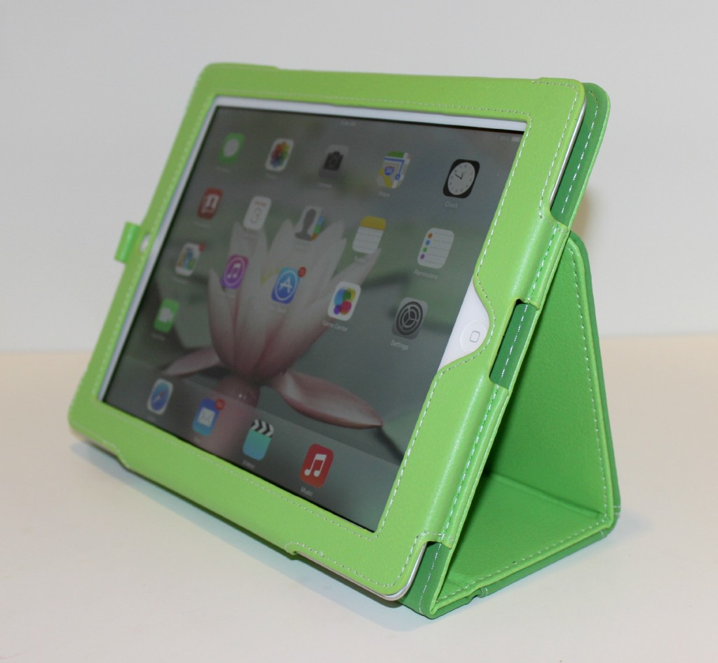 Snugg iPad 4 case