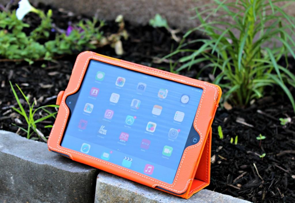 Snugg iPad mini PU Leather Case Cover and Flip Stand in Orange