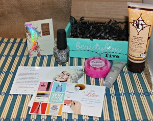 Beauty Box 5: Merry & Bright Spa-lidays