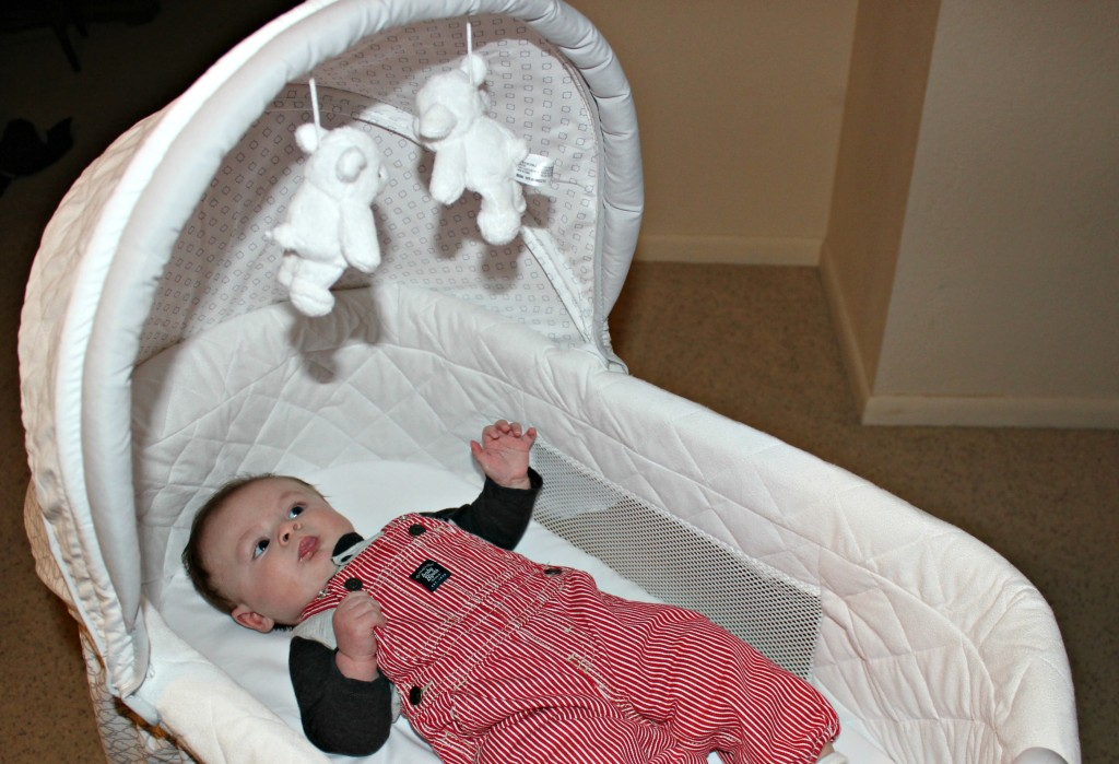 delta children sweet beginnings bassinet