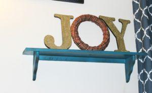 DIY Joy Christmas Sign – Tis The Season to Be Jolly!