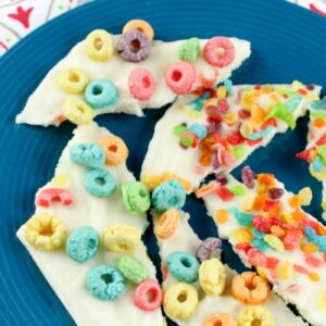 Easy Frozen Yogurt Bark Recipe with Fruity Cereal